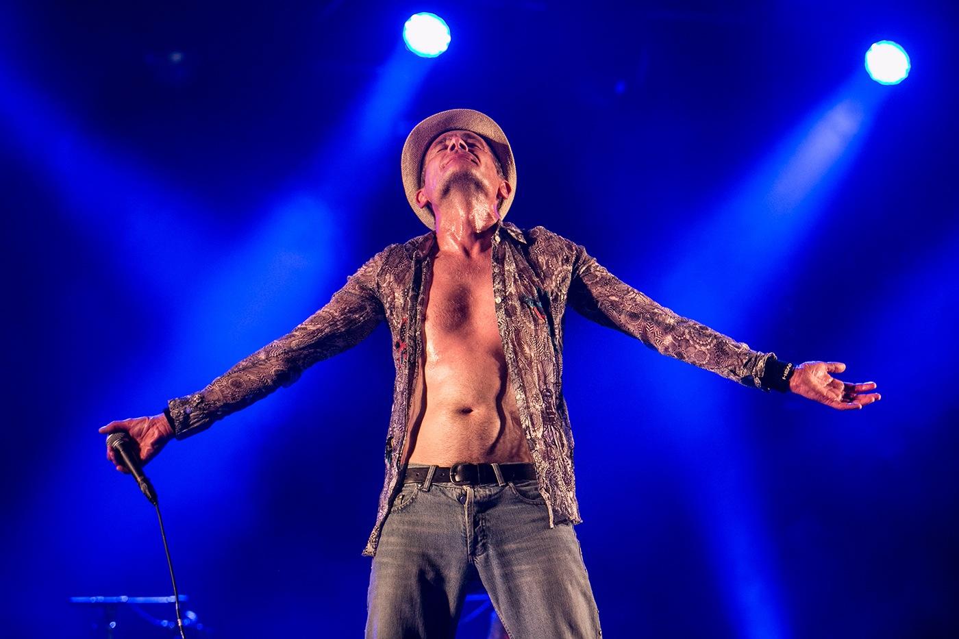 Didier Wampas (bleu prière)  - Festival Rockadel 2012 - Poitier