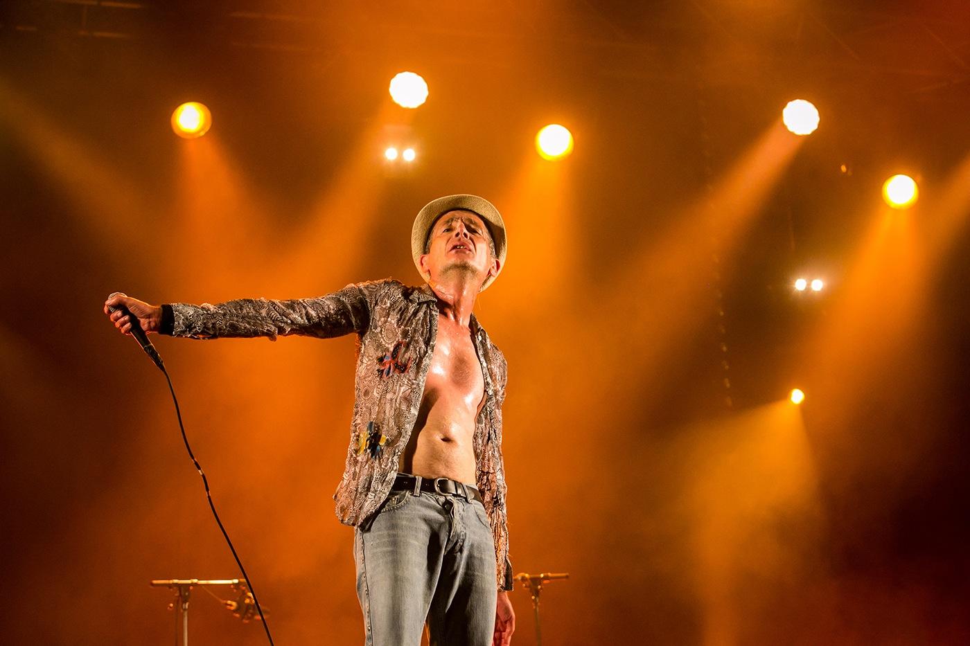 Didier Wampas (orange)  - Festival Rockadel 2012 - Poitiers