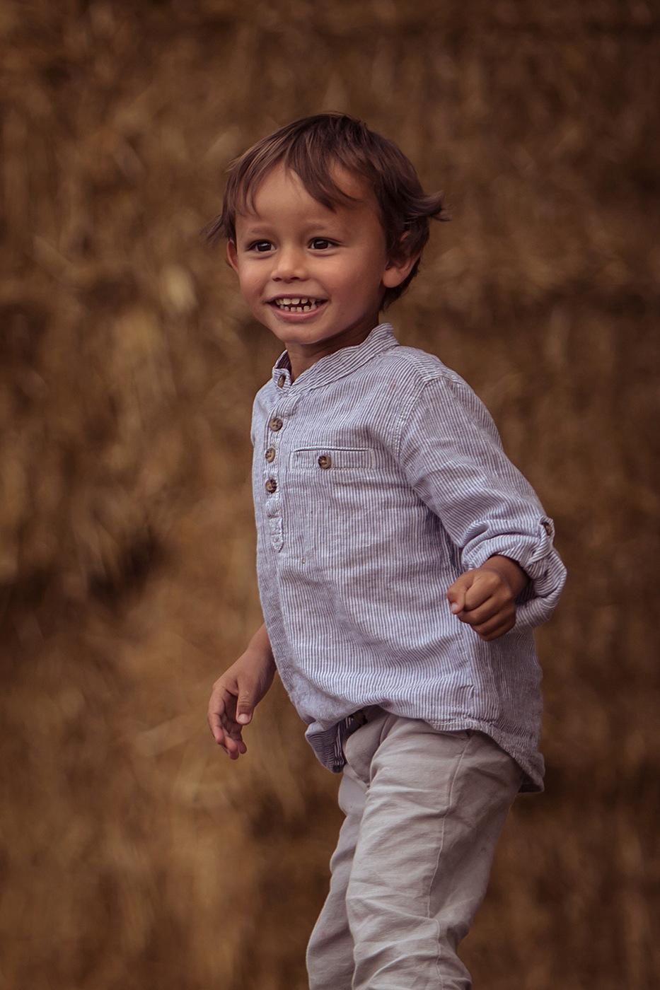 Petit garçon sourire